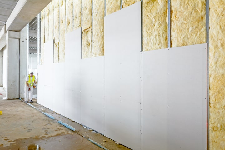 Binnenmuren isoleren met een voorzetwand