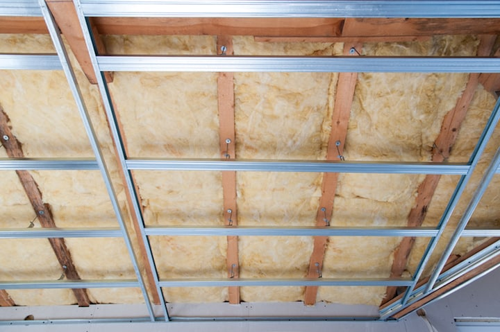 Geluidsisolatie voor het plafond voorzien
